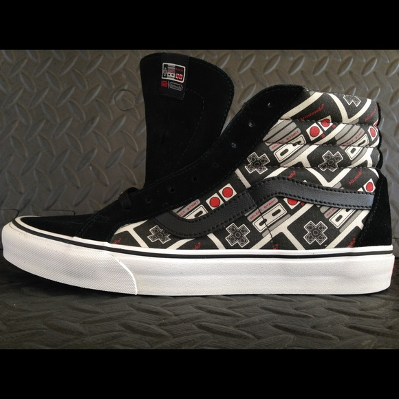 fashionable and attractive package check out sells Vans old skool x Nintendo hi used size 10.5